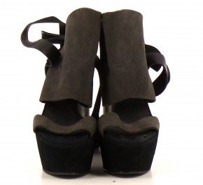 Chaussures Sandales SURFACE TO AIR NOIR