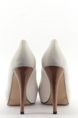 Chaussures Escarpins STUART WEITZMAN BLANC