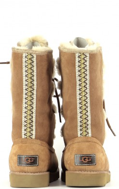 Chaussures Bottes UGG MARRON