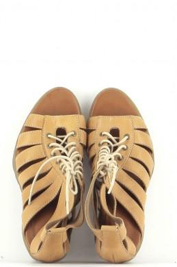 Chaussures Sandales DR. MARTENS MARRON