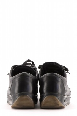 Chaussures Sneakers LOUIS VUITTON NOIR