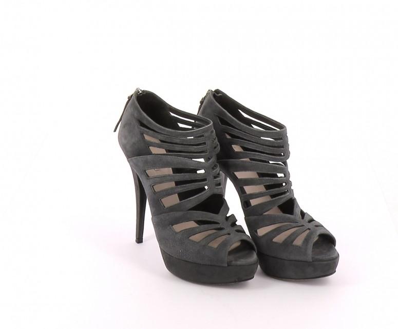 Chaussures Bottines / Low Boots MIU MIU GRIS