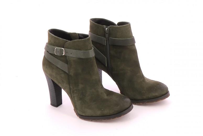 Chaussures Bottines / Low Boots JONAK KAKI