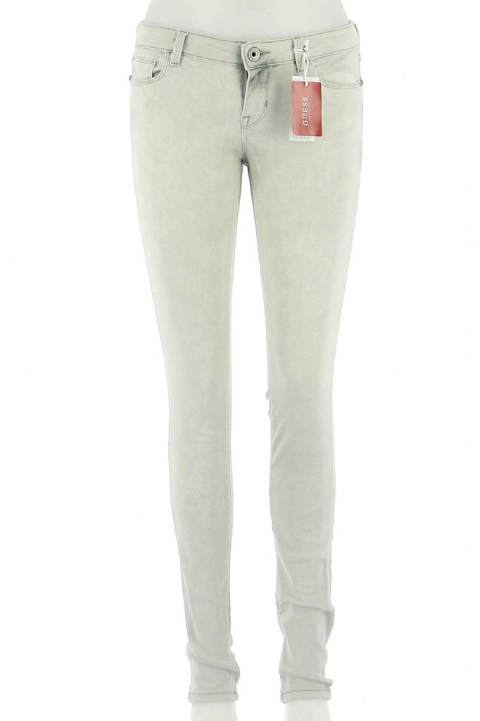 Vetements Jeans GUESS GRIS